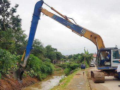 Córrego do Jardim Hanna recebe ações de prevenções às enchentes