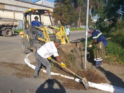 Prefeitura realiza manutenção da avenida Guinle