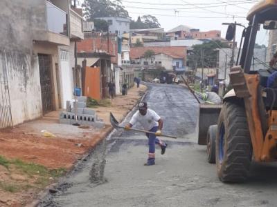 Prefeitura mantém zeladoria diária em Guarulhos